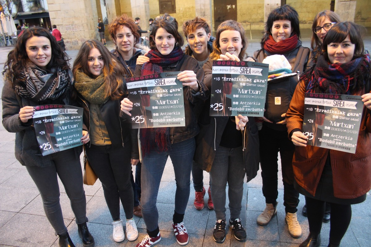 Azaroaren 25ari begira egitarau bateratua osatu dute herriko eragile feministek