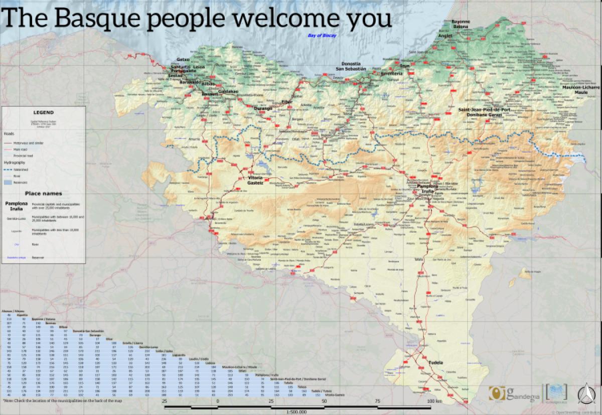 Euskal Herri osoa aintzat hartzen duen mapa jarri du Udalak herriko ostalarien esku