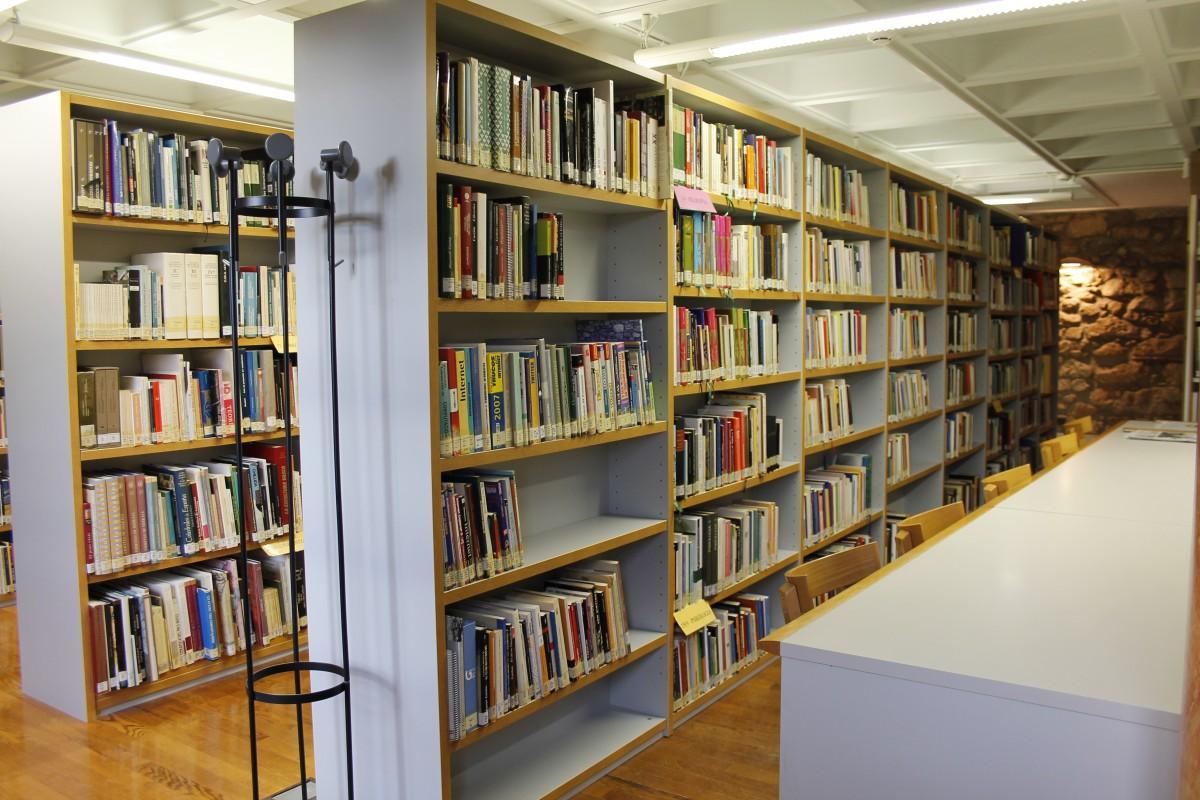 Astelehenetik aurrera, udako ordutegia Manuel Lekuona bibliotekan