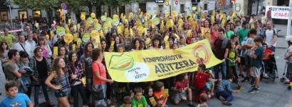 Euskararen erabilera gehitzeko, 'Konpromisotik aD/Ritzera kanpaina aurkeztu dute Udalak eta euskalgintzak